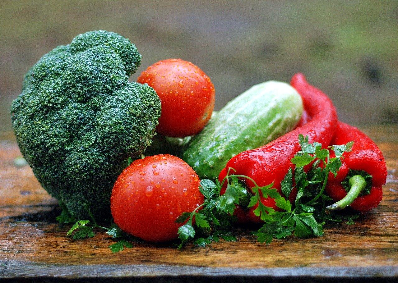 Gesunde Ernährung vs. Junk Food
